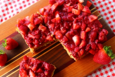 Strawberry Shortcake Maple Blondies